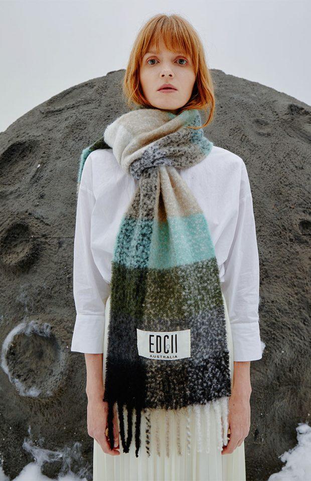 森林绿棉花糖羊毛围巾