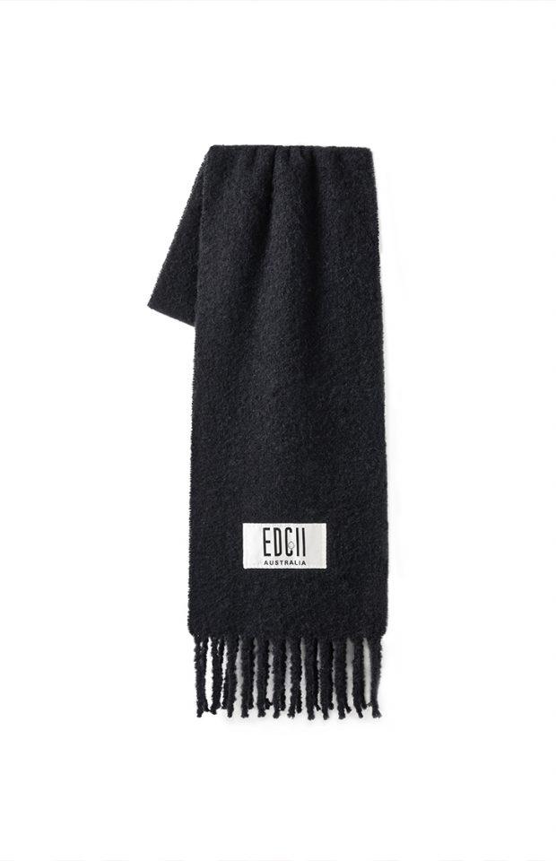 黑色棉花糖羊毛围巾