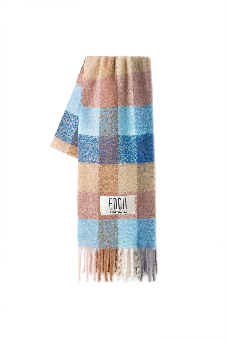 糖果蓝格纹棉花糖羊毛围巾
