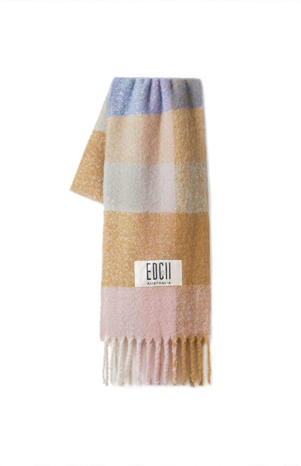 雾霾蓝棕格纹棉花糖羊毛围巾
